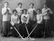 Women's Hockey Team, 1911